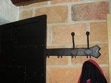 Kovaný věšák na oděvy